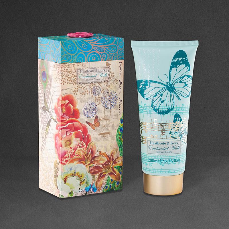 Heathcote & Ivory Xmas gift Packaging Design. Shower cream & Carton Design.