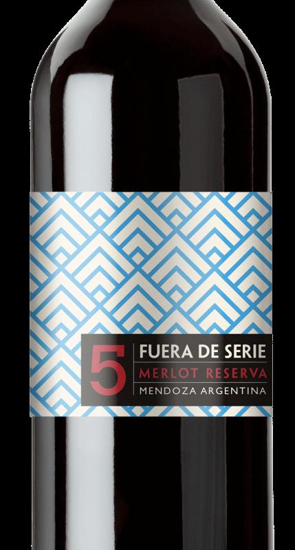 Wine label design for Fuera De Serie wine.