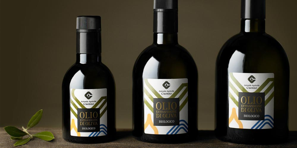 Traditional Design - L'olio Biologico Cuonzoc Olive Oil
